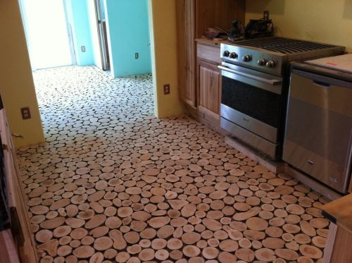 cordwood-flooring-by-sunny-pettis-lutz-in-cornville-az